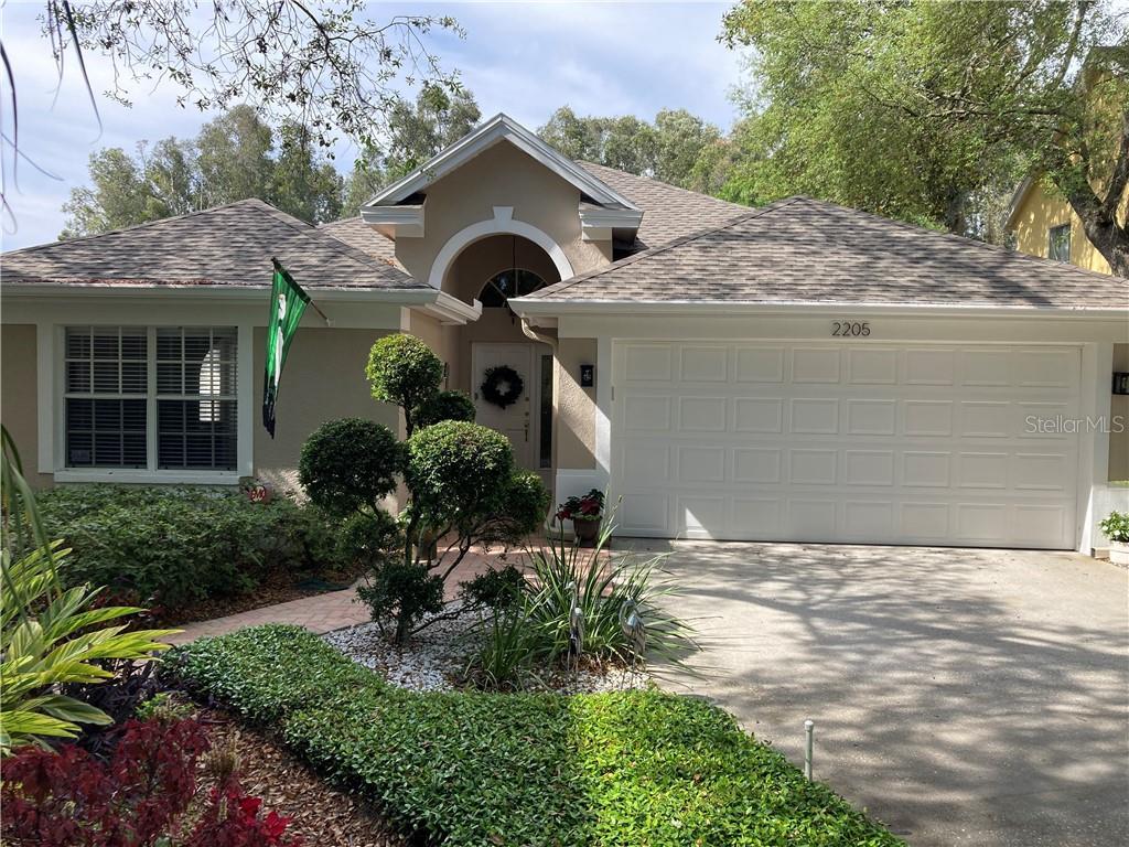 2205 GREEN OAKS LANE Property Photo - TAMPA, FL real estate listing