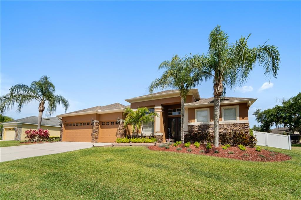 4807 LAKES EDGE LANE Property Photo - KISSIMMEE, FL real estate listing