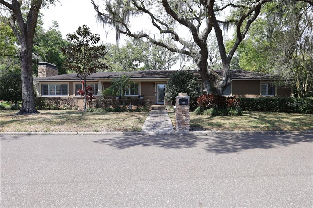 302 BELLE TERRE AVENUE Property Photo - TEMPLE TERRACE, FL real estate listing
