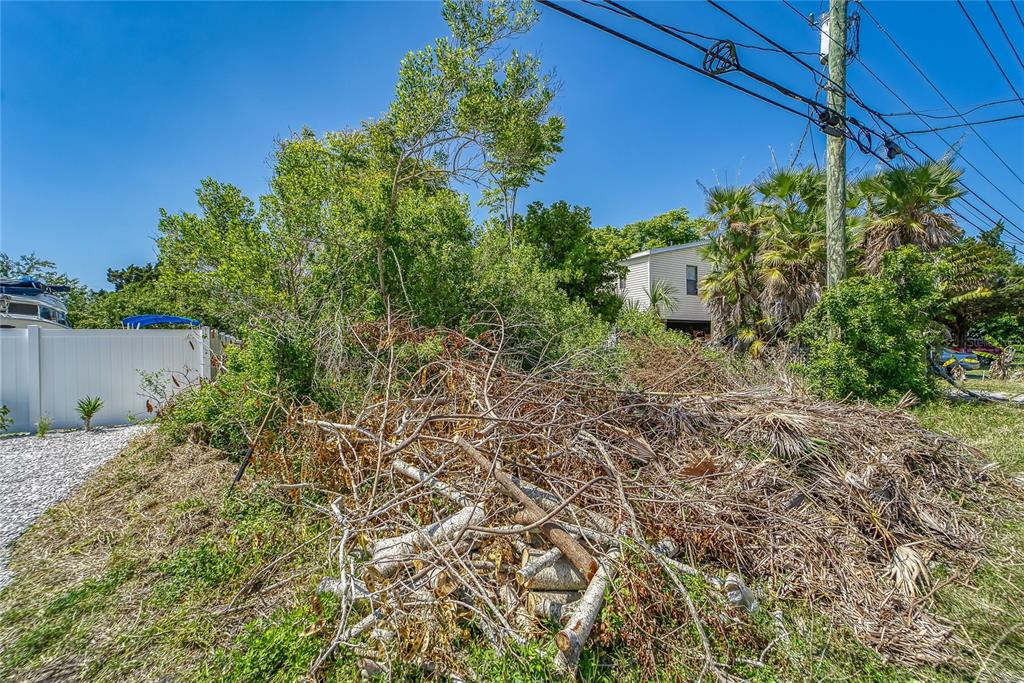 14831 Old Dixie Highway Property Photo