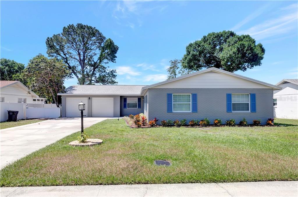 6819 SPENCER CIRCLE Property Photo - TAMPA, FL real estate listing