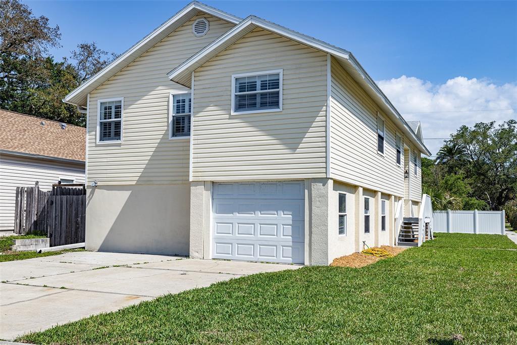 402 Indiana Avenue Property Photo