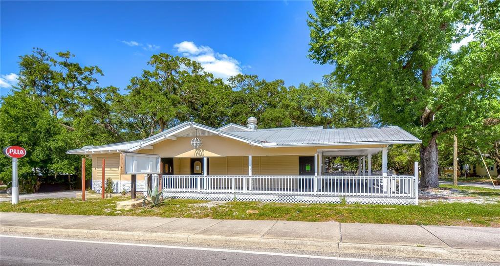 7701 N Nebraska Avenue Property Photo