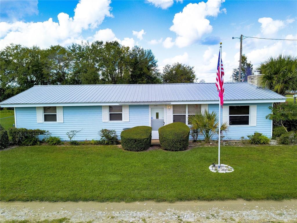 13734 NE 237TH COURT Property Photo - FORT MC COY, FL real estate listing