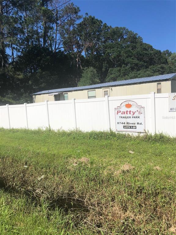 8744 N River Road Property Photo