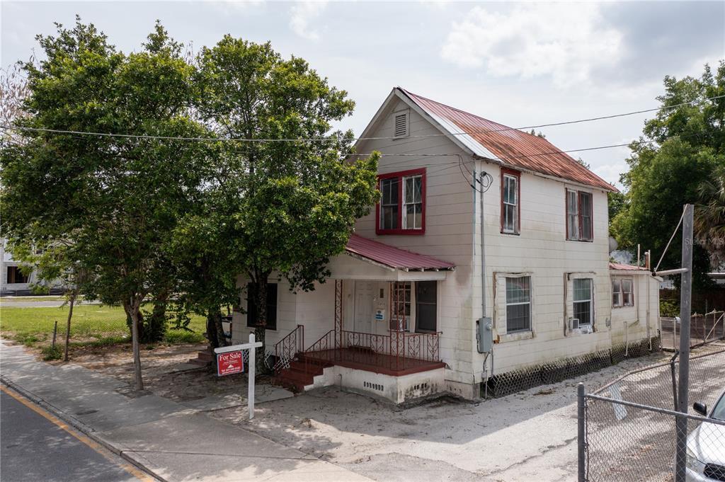 2818, 2814, 2822 N Florida Avenue Property Photo