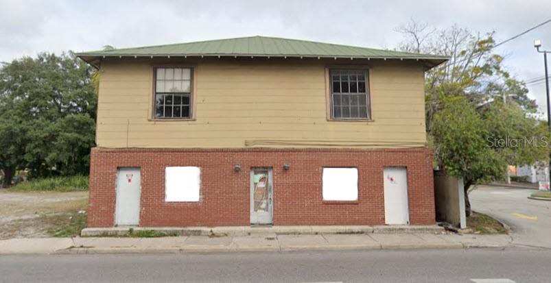 804 E Floribraska Avenue Property Photo