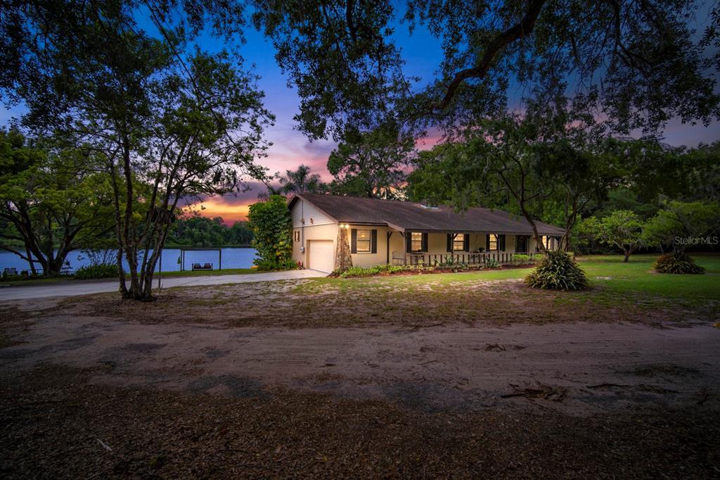 201 Gornto Lake Road Property Photo