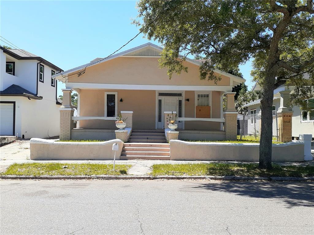 2126 BEACH STREET Property Photo - TAMPA, FL real estate listing