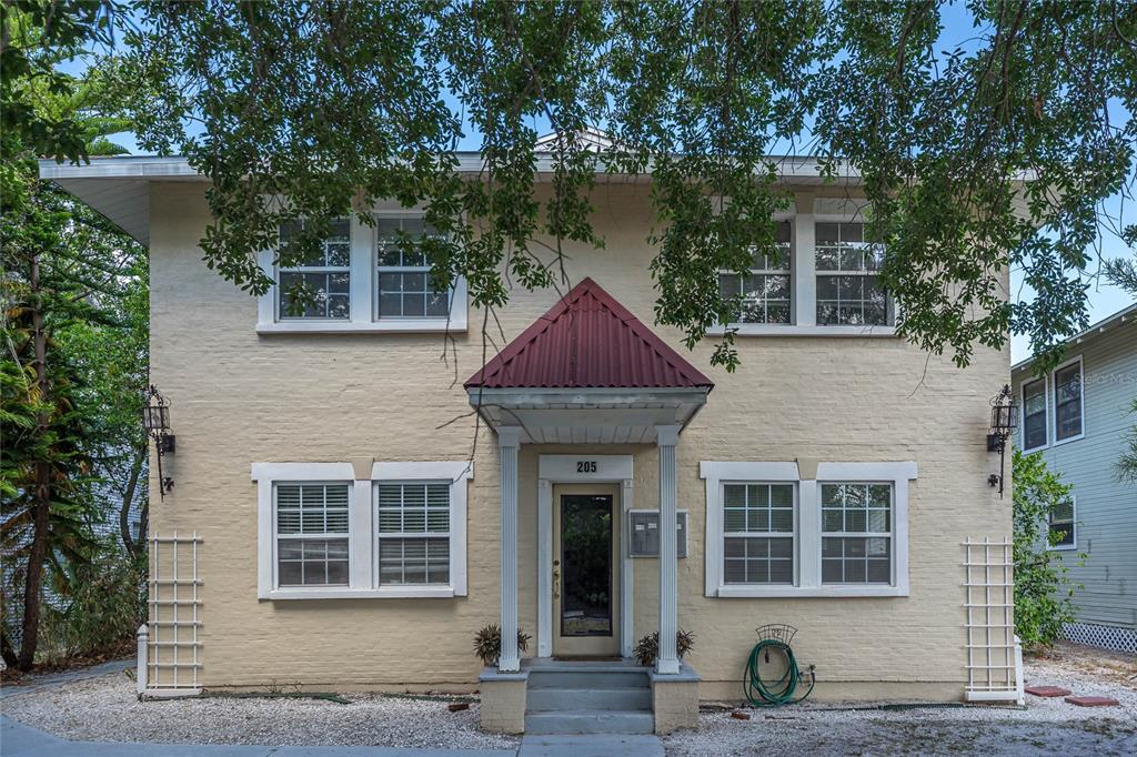 205 S Westland Avenue #1-4 Property Photo 1