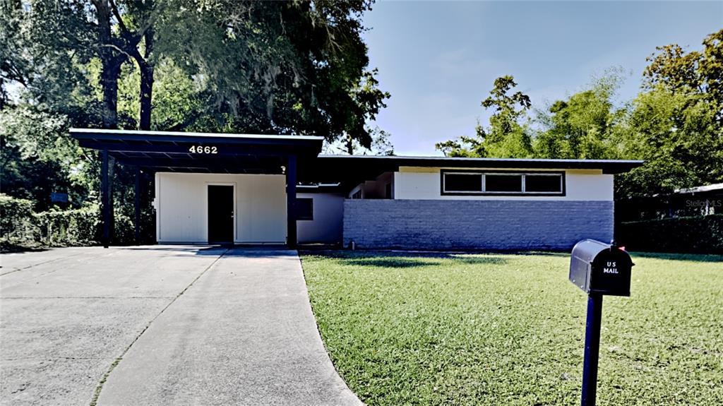 4662 Lincrest Drive N Property Photo