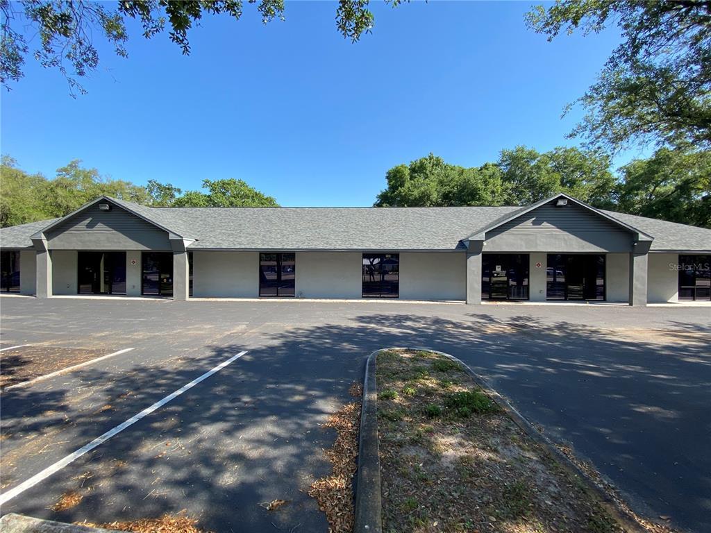 406 W Bloomingdale Avenue Property Photo