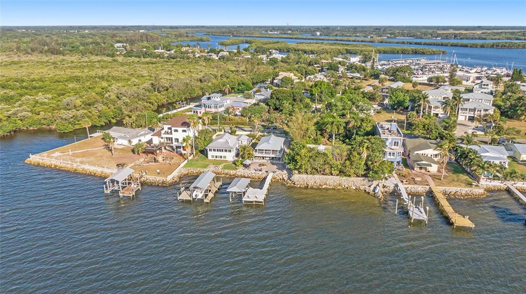 3528 W Shell Point Road Property Photo