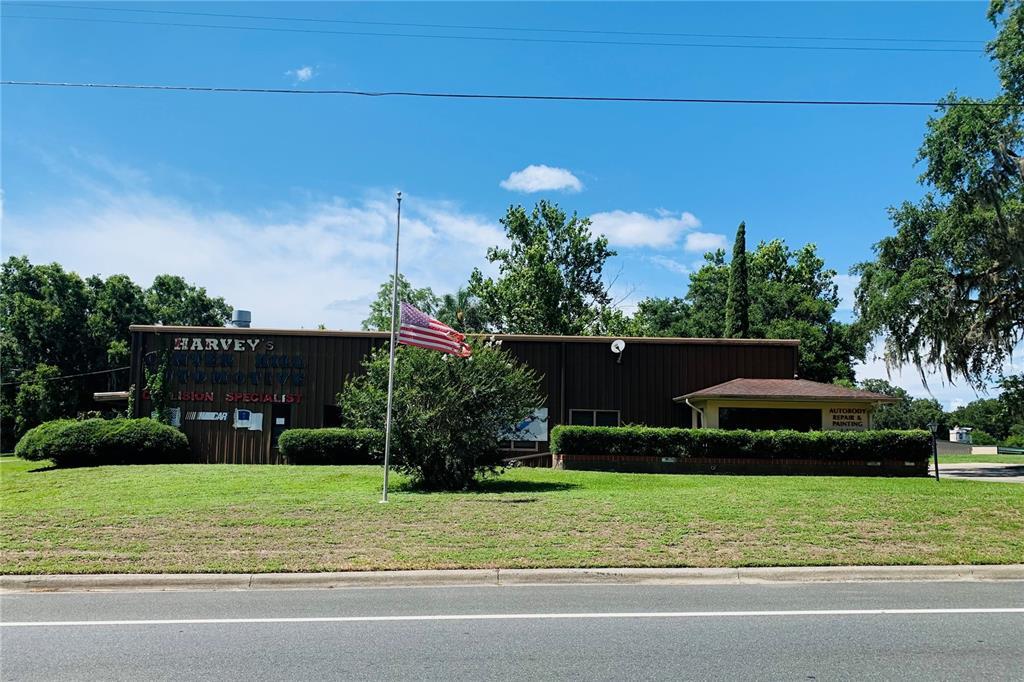 116 W Kings Highway Property Photo