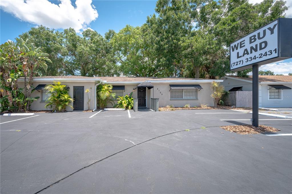 5105 Memorial Highway Property Photo