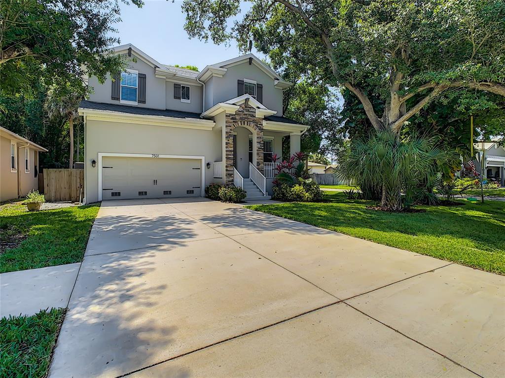 7501 S Morton Street Property Photo