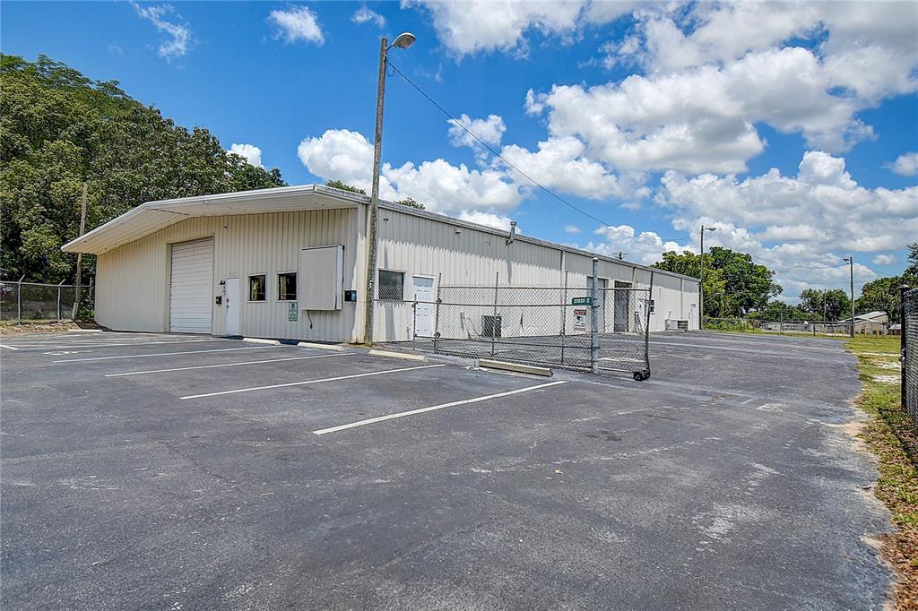 37833 Pineapple Avenue Property Photo