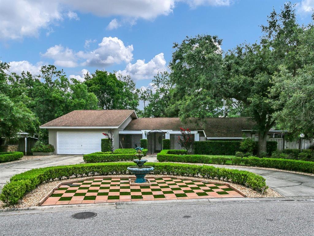 702 Rob Roy Place Property Photo