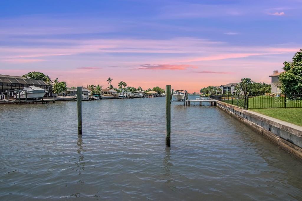 7141 Pelican Island Drive Property Photo
