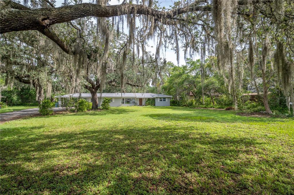 11927 Riverhills Drive Property Photo