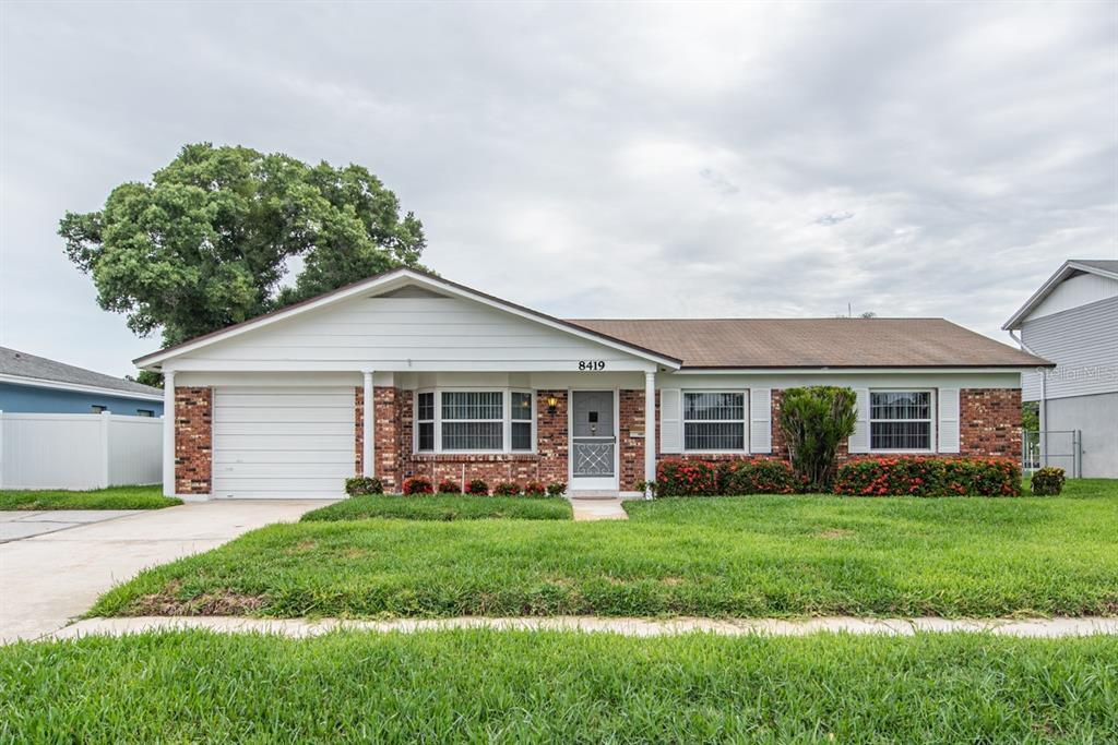 8419 Flagstone Dr Property Photo