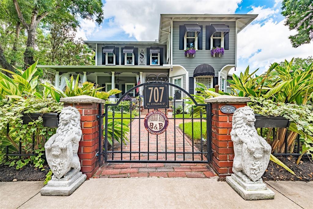 707 N Collins Street Property Photo