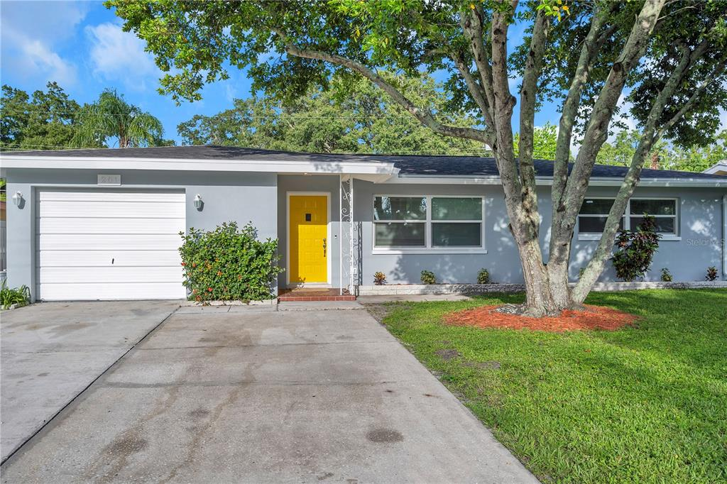 201 S Fernwood Avenue Property Photo