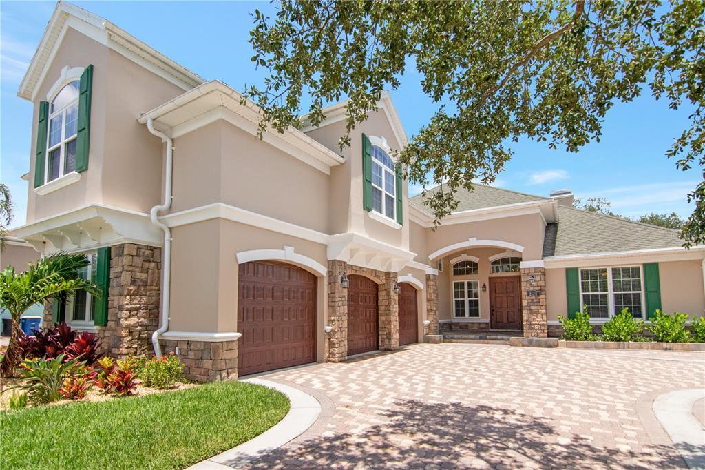 2608 Velventos Drive Property Photo