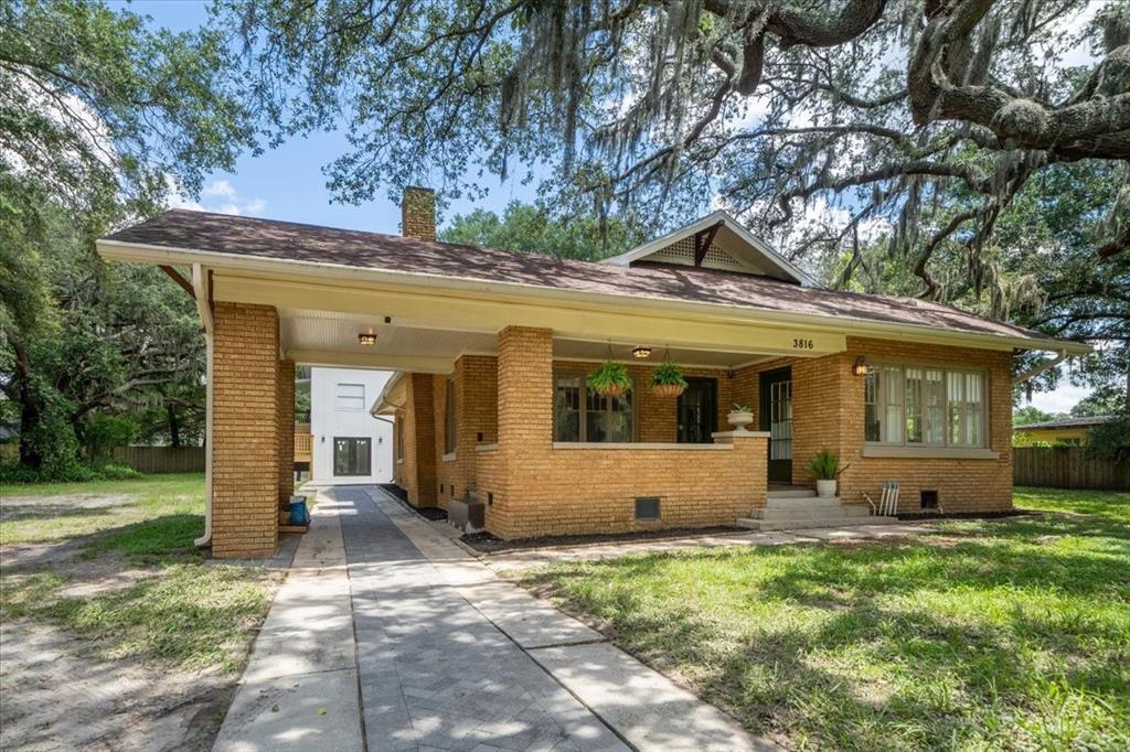 3816 E River Hills Drive Property Photo