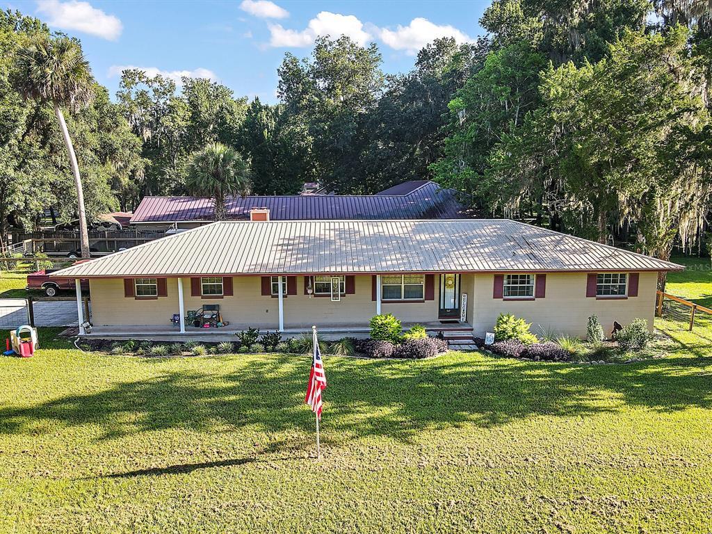 5537 Se 127th Place Property Photo 1