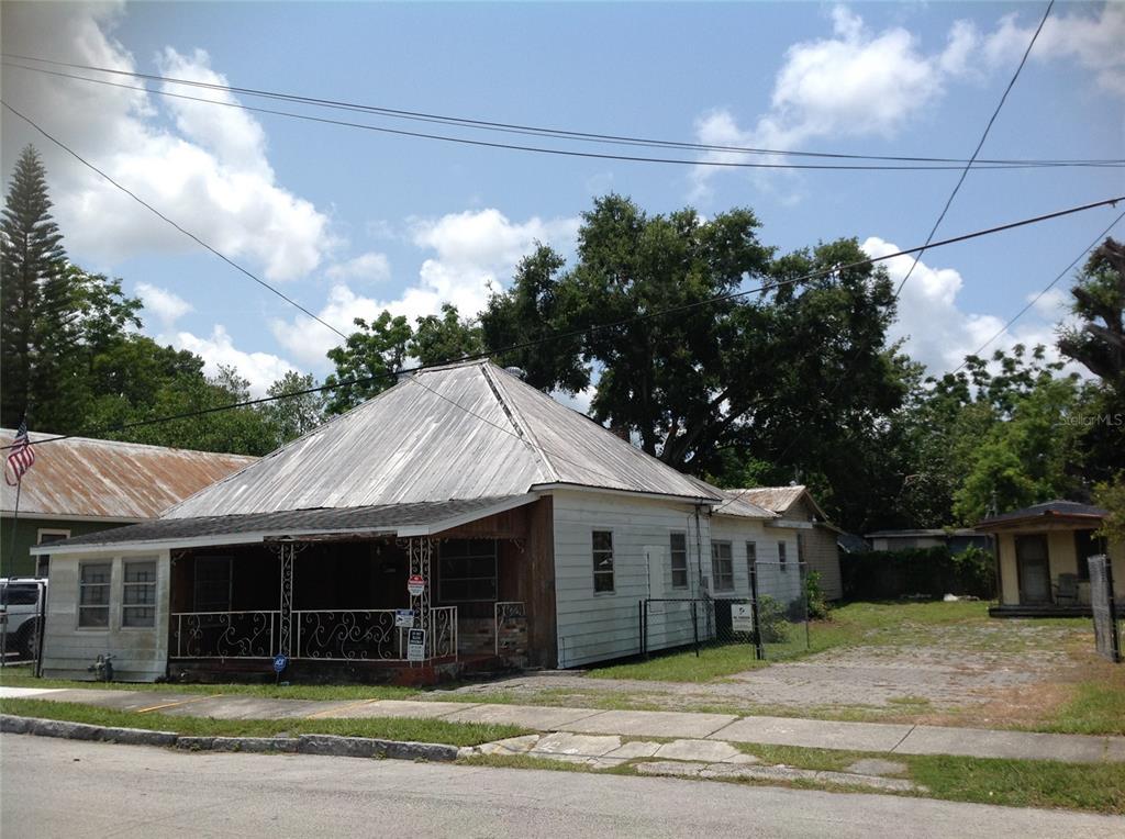 2910 N 10th Street Property Photo