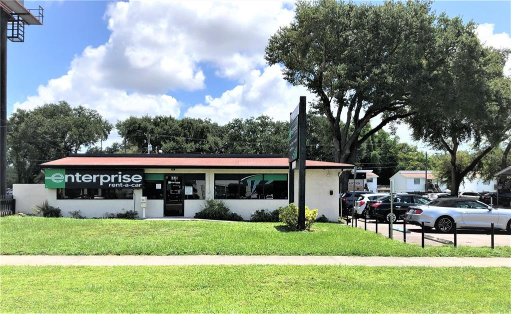 6845 N Dale Mabry Highway Property Photo