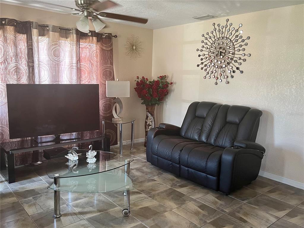 6516 W Clifton Street Property Photo