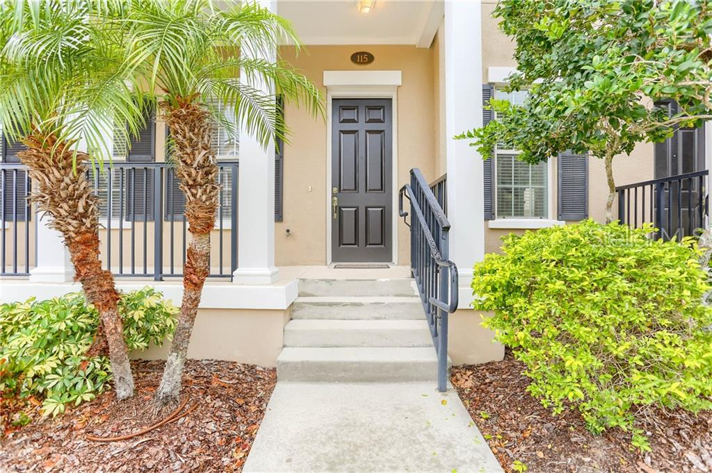 115 COMMONWEALTH CT N Property Photo - ST PETERSBURG, FL real estate listing