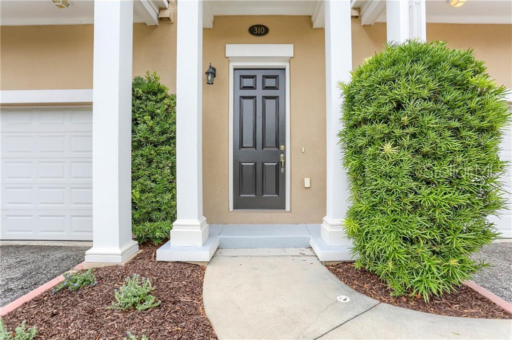 310 NEWBURY PL N Property Photo - ST PETERSBURG, FL real estate listing