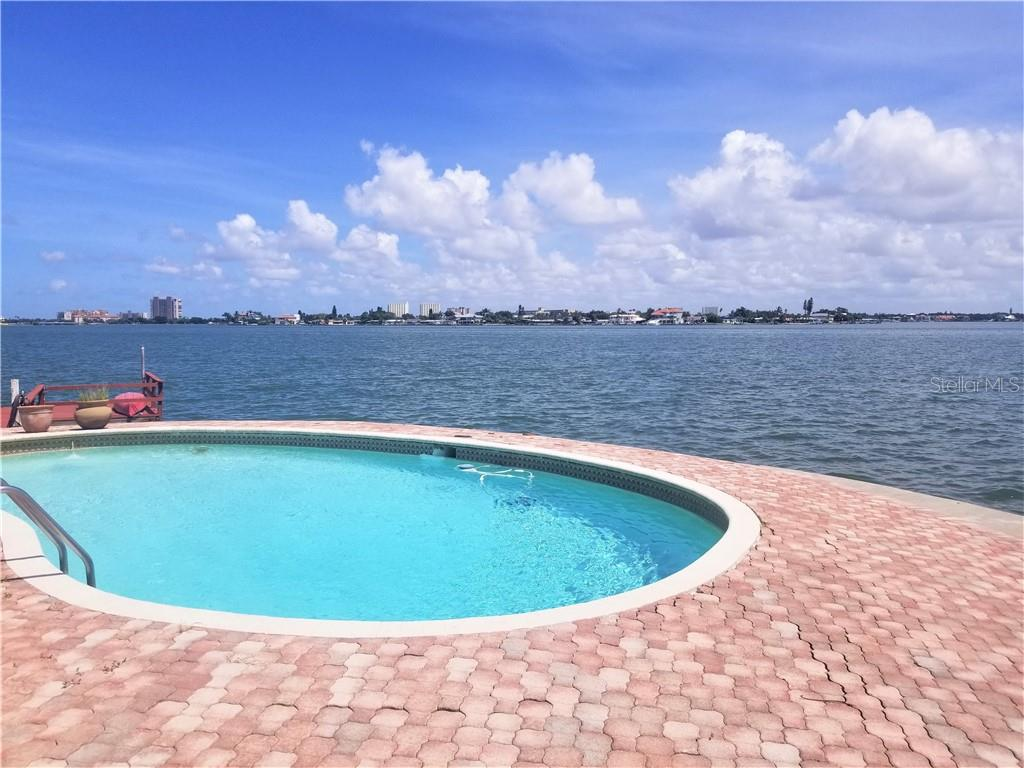 5950 Bahia Honda Way N Property Photo