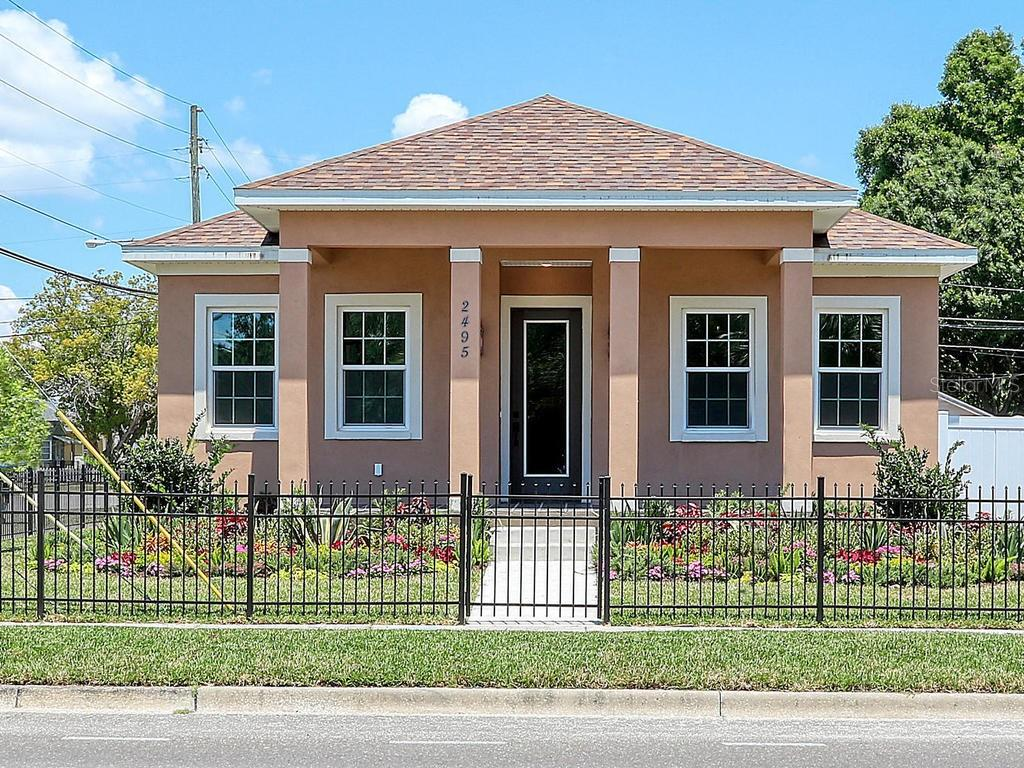 2495 13TH AVE N Property Photo - ST PETERSBURG, FL real estate listing