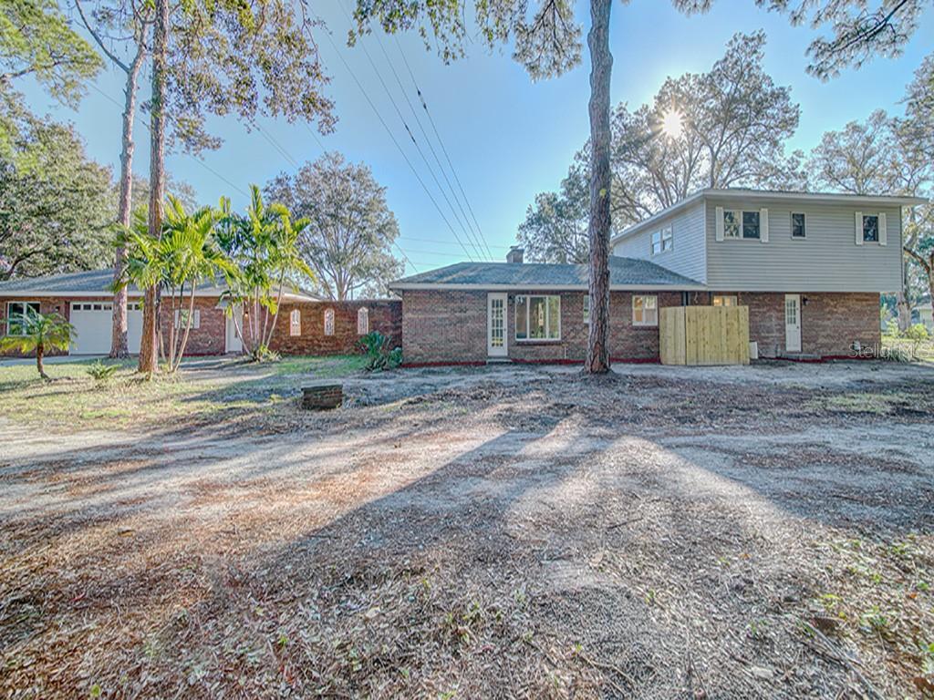8995 82ND AVENUE Property Photo - SEMINOLE, FL real estate listing