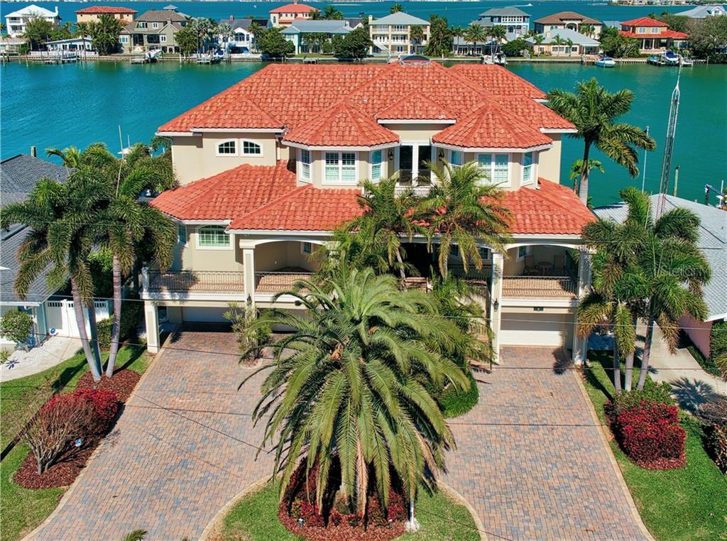 8 WINSTON DR Property Photo - BELLEAIR, FL real estate listing