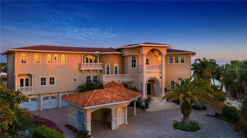 5157 W SAN JOSE ST Property Photo - TAMPA, FL real estate listing