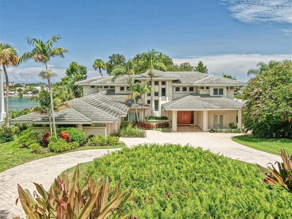 108 HARBOR VIEW LN Property Photo - BELLEAIR BLUFFS, FL real estate listing