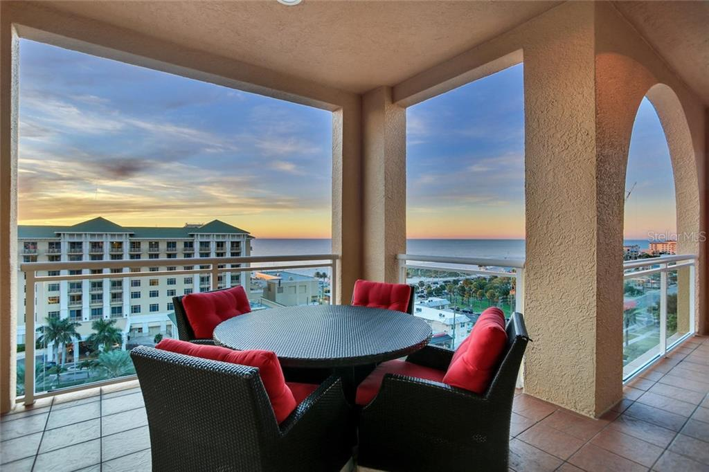 501 MANDALAY AVE #1002 Property Photo - CLEARWATER BEACH, FL real estate listing