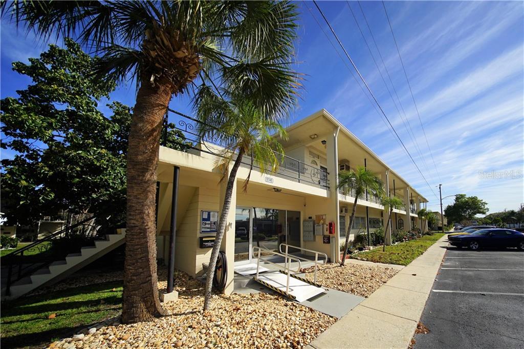 5745 40TH AVENUE N #255B Property Photo - KENNETH CITY, FL real estate listing
