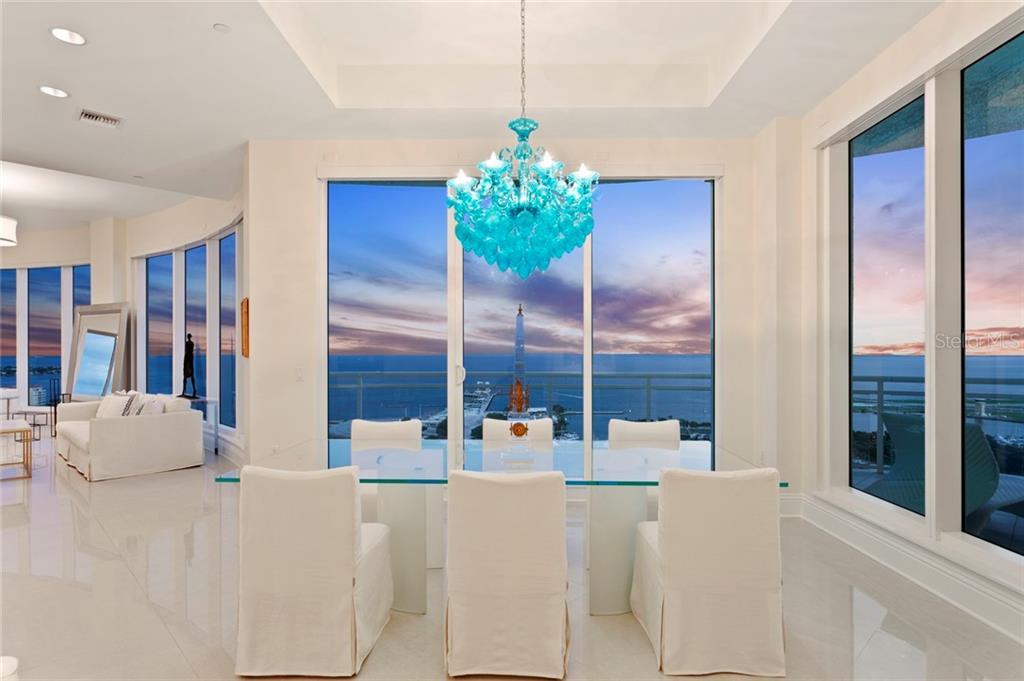 180 BEACH DR NE #2600 Property Photo - ST PETERSBURG, FL real estate listing