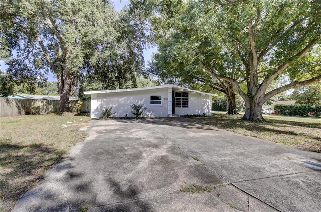 1830 Roanoke Ave Property Photo