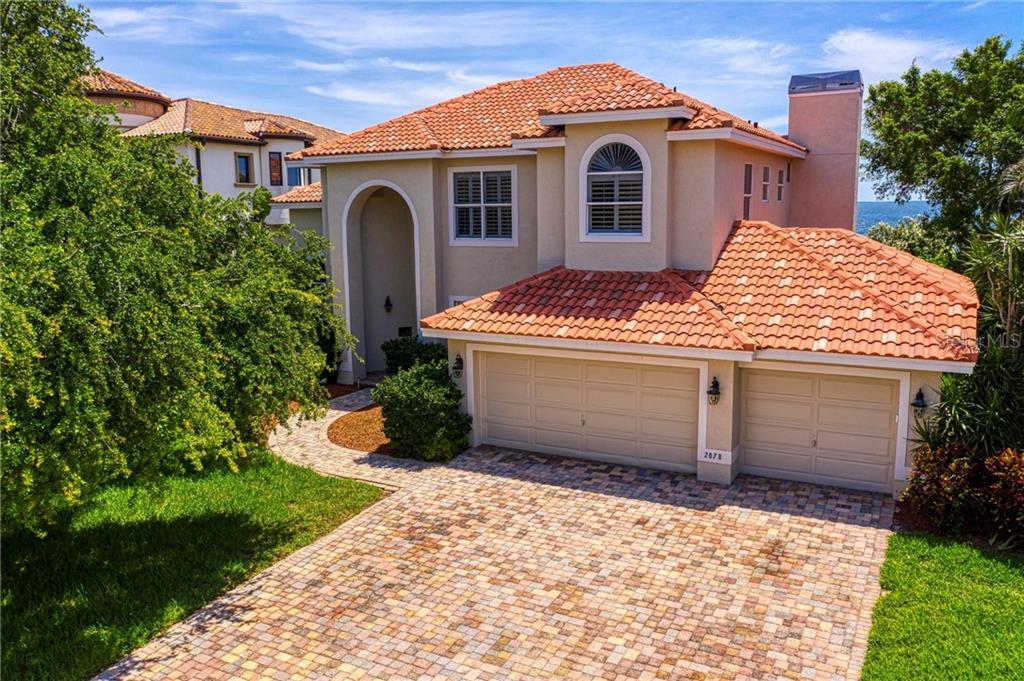 2078 CAROLINA AVE NE Property Photo - ST PETERSBURG, FL real estate listing