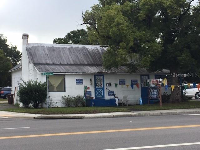 307 N Church Avenue Property Photo