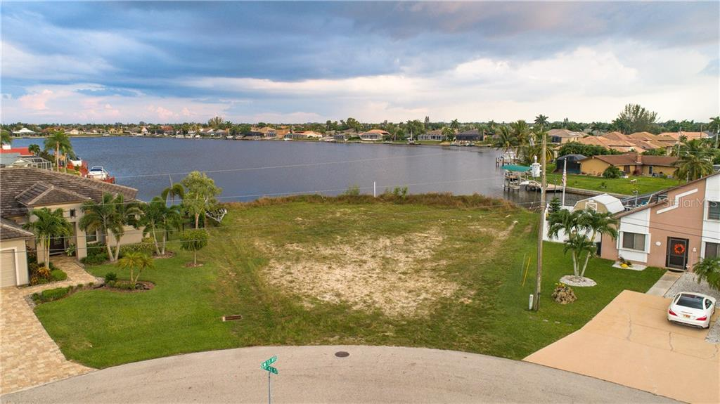 1300 SW 43RD ST Property Photo - CAPE CORAL, FL real estate listing