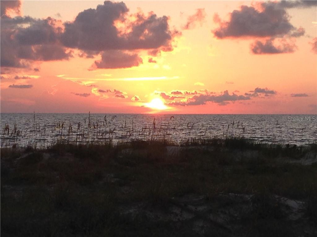 944 ELDORADO AVE Property Photo - CLEARWATER BEACH, FL real estate listing