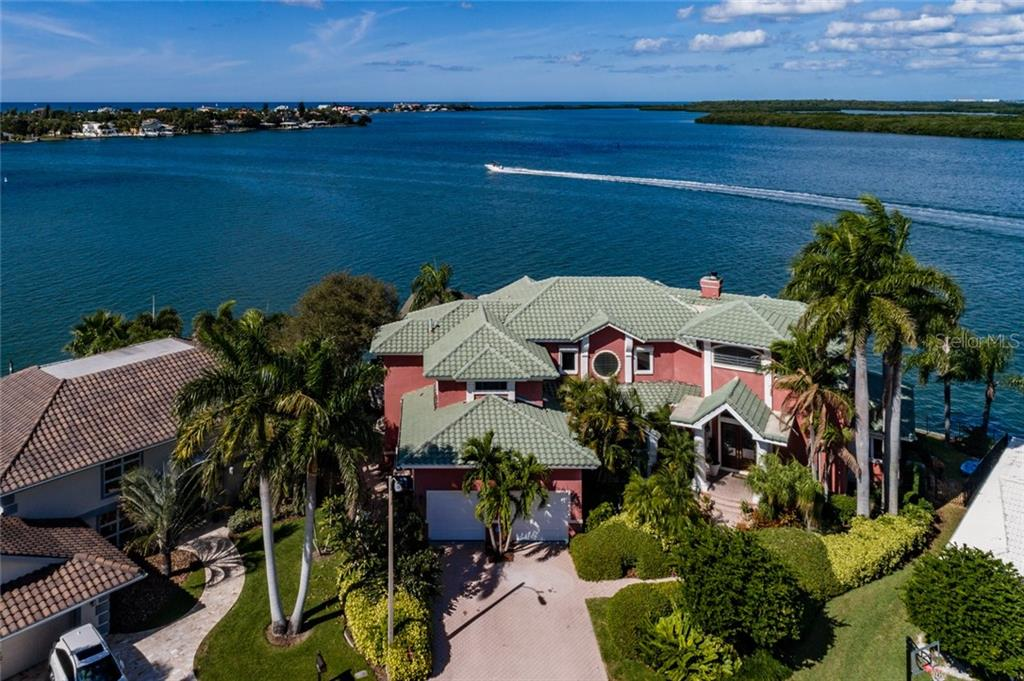 900 Harbor Island Property Photo